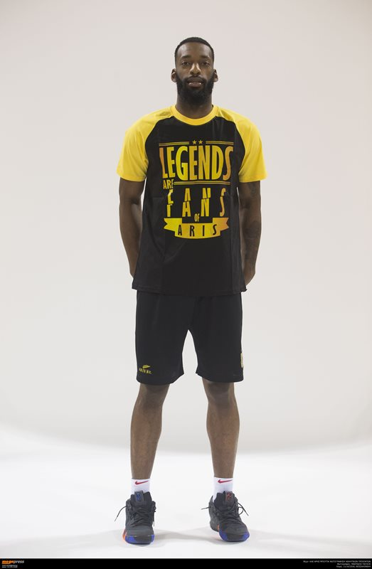 T-SHIRT LEGENDS ARE FANS OF ARIS